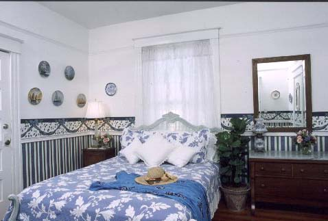 St. Augustine Bed and Breakfast: Porcelain Room
