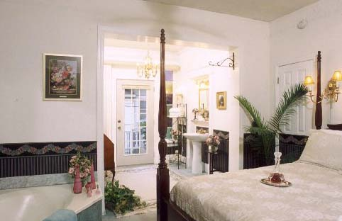 St. Augustine Bed and Breakfast: Pullman Room